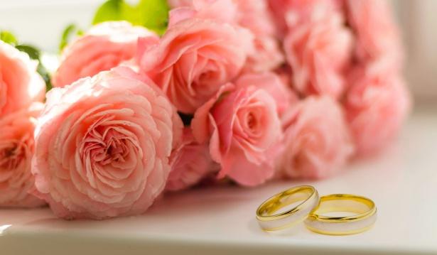 Organiser une fête d'anniversaire de mariage : les astuces pour une réception réussie
