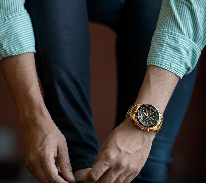 Montre automatique homme : le bijou indispensable du marié