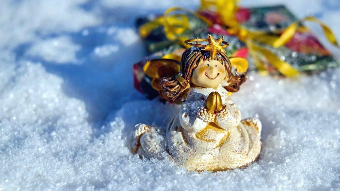 Comment faire une décoration de mariage basée sur le thème de l'hiver ?
