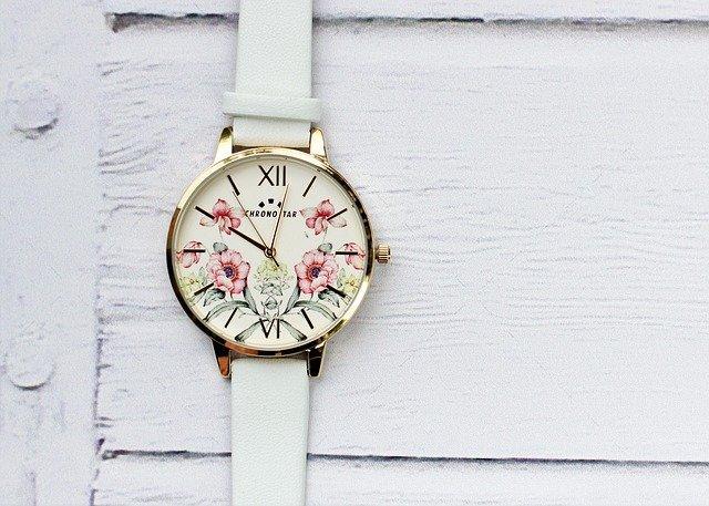 Guide des meilleurs modèles de montre Orient pour femme